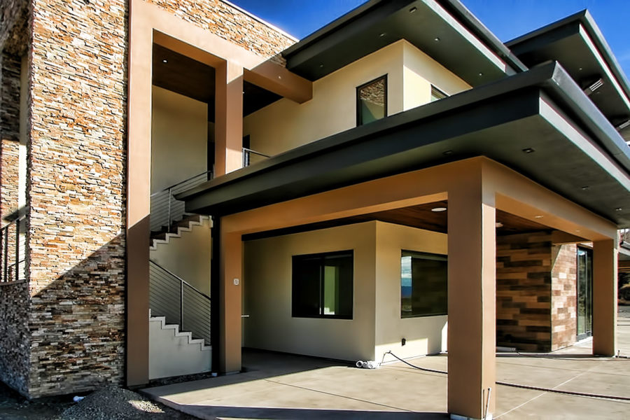 Contemporary Simi home close to finish line